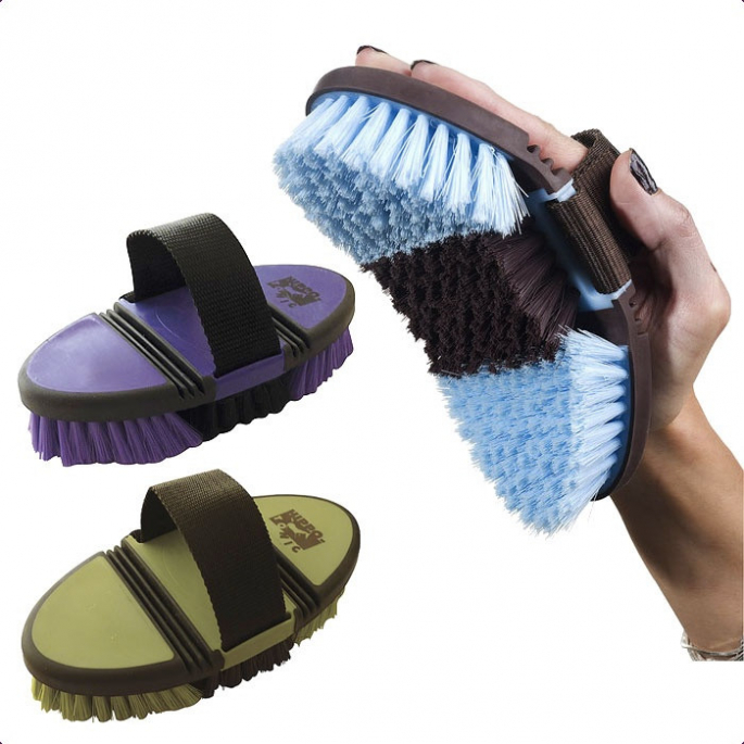 Brosse nylon Hippo-Tonic Softgrip flexible